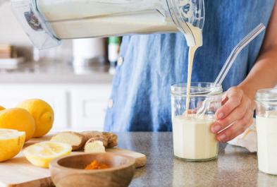 Lemon Turmeric Yogurt Smoothie