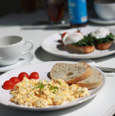 Creamy Kefir Eggs & Toast