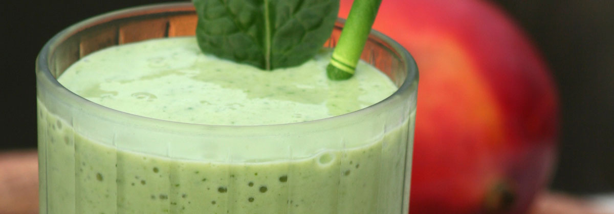 Recipes Beverages Banner Spinach Mango Smoothie 1200X420Px
